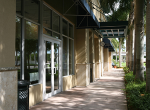 KAPLAN Miamiカプランマイアミ